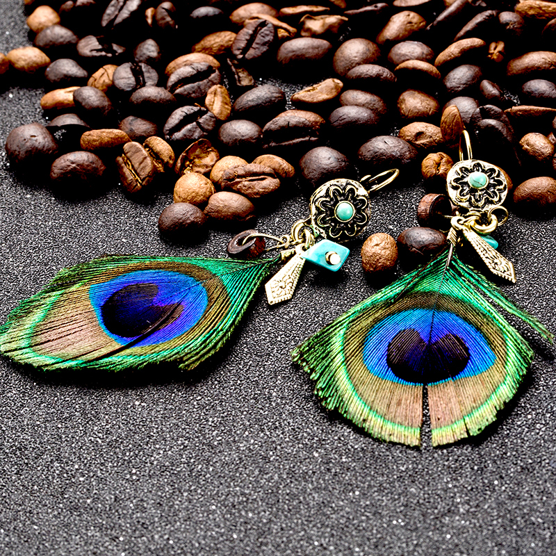 Ethnic earring natural feather and palm wood bead